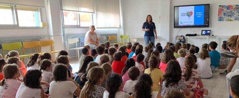 La enseñanza de primeros auxilios en las escuelas sigue siendo minoritaria, pese a ser obligatoria por ley.