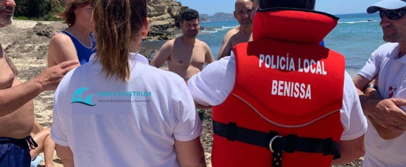 La Policía Local de Benissa salva la vida a un hombre, gracias a uno de sus desfibriladores